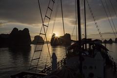 HQ4A4122 (gmacfadyen) Tags: vietnam halong bai tu long bay