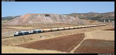 Tren de amoniaco en Puertollano (javier-lopez) Tags: ffcc railway train tren trenes adif renfe mercancas qumico amoniaco 333 3333 prima mm dt mandomltiple dobletraccin zags zagkk zagkks tramesa ermewa huelvapuerto huelvacargas puertollano puertollanorefinera escombreras refinera petroqumica 08072016