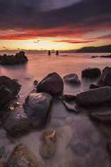 Red October (Migueliglesias76) Tags: asturias landscapes agua water seascape sky longexposure lastres amanecer