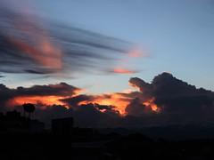 Cielo (hechadetinta) Tags: sky cielo nubes clouds ciudad silueta atardecer pereira colombia