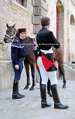 bootsservice 07 8007 (bootsservice) Tags: arme army uniforme uniformes uniform uniforms cavalerie cavalry cavalier cavaliers rider riders cheval horse bottes boots ridingboots weston eperons spurs equitation gendarme gendarmerie militaire military garde rpublicaine paris