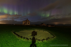 The shadow of the photomaker. (Kjartan Guðmundur) Tags: nightphotography sky house abandoned clouds golf stars iceland nightscape ngc nocturne ísland northernlights auroraborealis norðurljós kjartanguðmundur