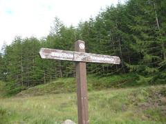 Signpost at Bogle Glen