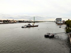 The Rhine at Cologne (John McLinden) Tags: bridge river germany boats boat suspension cologne kln pontoons pontoon riverrhine northrhinewestphalia