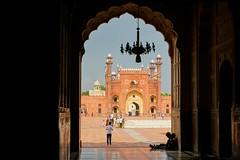 The Badshahi Mosque, Lahore - Pakistan (Shamraze/Nuhaize) Tags: badshahi mosque lahore pakistan imperial interior minaret punjab sony a6000 relax prayer