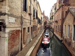 Venezia. (coloreda24) Tags: venice italy europa europe italia venecia venezia venedig 2014 veneto canalsofvenice canalidivenezia sestieresantacroce iphone4s fondamentadelegrue sestieridivenezia