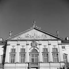 Krasiski Palace, Warsaw (M.M.A.K.) Tags: 6x6 mediumformat poland warsaw fujineopanacros100 fujifilmneopan100acros start66s film:brand=fuji film:iso=100 film:name=fujineopanacros100 filmdev:recipe=10499