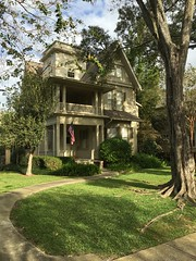 House. New Orleans, LA (davidwilliamreed) Tags: house americanflag neworleansla