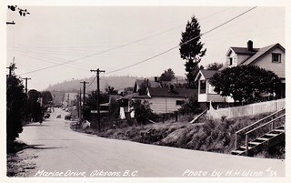 Postcard: Marine Drive, Gibsons, BC, c.1950