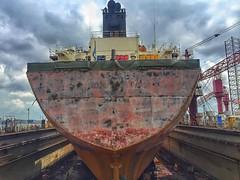Sandblasted hull. ⛴⚓️#maritimesingapore #singapore #maritime  #ship #keppelshipyard #drydock #instaship #sandblast #hdr #iphonephotography #hdrphotography #shipspotting #celsiusmanhattan (tord75) Tags: instagramapp square squareformat iphoneography uploaded:by=instagram