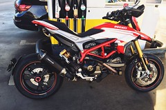 With new sound ok what law permits (Lusty-Daisy) Tags: remus remusexhaust hypermotard939sp 939sp hypermotard ducati