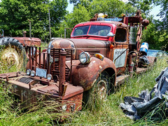 Tom's Rusty Old Dodge Tow Truck (J Wells S) Tags: dodgetowtruck wrecker towtruck rust rusty crusty abandoned tomrohrich historictruck vintagetruck batavia ohio mikestowingrecovery aths americantruckhistoricalsociety holmestwinboom winch