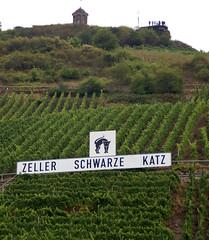 Zell, Weinberg Zeller schwarze Katz und Aussichtpunkt Collisturm (HEN-Magonza) Tags: zell mosel moselle rheinlandpfalz rhinelandpalatinate deutschland germany