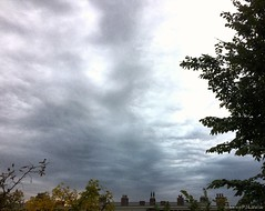 08:43 24.10.16 (jpmm) Tags: 2016 amsterdam sunrise zuid wolken clouds stratus stratocumulus
