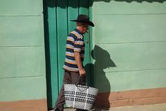 Trinidad (Cuba) : L'homme et son ombre (NamasKat) Tags: trinidad personne homme chapeau ombre mur cuba man hombre caraïbes caribbean hat sombrero shadow
