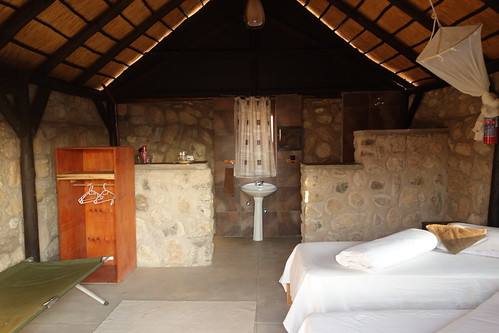 Kapika Waterfall Lodge, Epupa