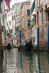Venice canal & gondola (Kurtsview) Tags: italy venice canal gondola gondolier water bridge reflection people architecture