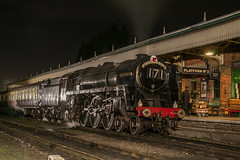 70013 - Loughborough - 16.11.2016(4) (Tom Watson 70013) Tags: 70013 oliver cromwell 7mt britannia steam train engine locomotive tle timeline events gcr great central railway loughborough station 171 red dragon night shoot photo charter