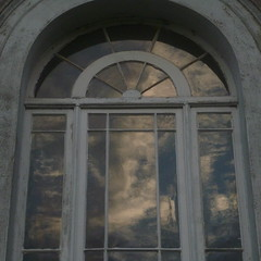 Reflet (boula.matari) Tags: palladian window fentre palladienne serlienne reflet reflection nuage cloud sky ciel