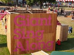 Giant Sing Along (Camera Bread) Tags: carnival usa minnesota statefair stpaul karaoke minnesotastatefair singalong streetfestival mnstatefair onlyinminnesota giantsingalong crowdsofsummer