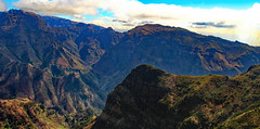 happy valley (werner boehm *) Tags: wernerboehm madeira portugal berge valley tal mountainscape landschaft