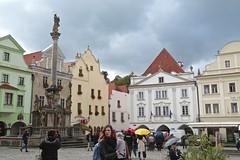 City Square ~ esky Krumlov 01 (smilla4) Tags: citysquare medievalcity candid fountain ceslykrumlov czechrepublic