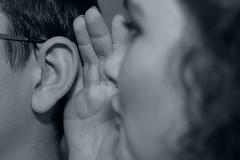 J.Marvick_Oreille (marathonphoto2016) Tags: oreille pavillon audition chuchotement secret murmure noirblanc bokeh profondeurdechamp hear whisper blackwhite ohr flã¼stern geheimnis tiefenschã¤rfe oãdo susurro secreto negroyblanco oor fluisteren geheim canon5dmkii