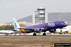 Embraer 195 Flybe (Welcome to Yorkshire livery) (Ana & Juan) Tags: airplane airplanes aircraft aviation airport aviones aviación embraer embraer195 flybe takeoff departure alicante alc leal spotting spotters spotter special livery planes canon closeup