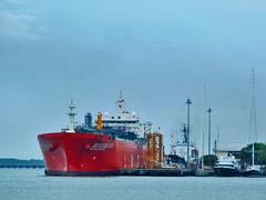 Hai Yang Shi You 301 (BxHxTxCx (using album)) Tags: kapal kapallaut ship lngtanker kapaltanker kapaltankerlng tankership