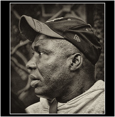 RETRATO EN SAN TELMO 6 (cuma 2013) Tags: santelmo canon30d 30d retratos