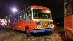 Mumbai - Rajapur (yogeshyp) Tags: msrtc st mumbairajapurstbus rajapurst msrtcparivartanbus
