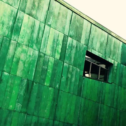 #architecture #monument #building #verre #glass #urban #design #art #mycity #archilovers #archilovers_corner #archilovers_patterns #archilovers_concrete #archilovers_bends #funny #blue #bird