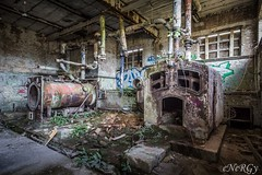 Boiler at RAF Upwood (deltic17) Tags: urbex urbexing urban urbanexploration urbanexploring raf derelict dereliction abandoned boiler ww2 history cambs canon