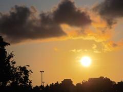 SUNSET IN LEGAZPI (PINOY PHOTOGRAPHER) Tags: legazpi albay bicol bicolandia luzon philippines asia world sorsogon amazing popular interesting sunset sun photography
