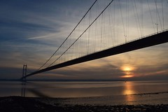 Humber Bridge Ft. Cold Winter Sunset (Ash' Burnham) Tags: hull hull2017 humber bridge humberbridge river riverhumber water sun sunset winter cold blue nature suspensionbridge yorkshire pretty beautiful