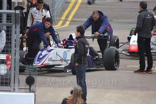 Jack Aitken's Koiranen GP car heading to  the grid for the first Renault 2.0 race at Silverstone 2015