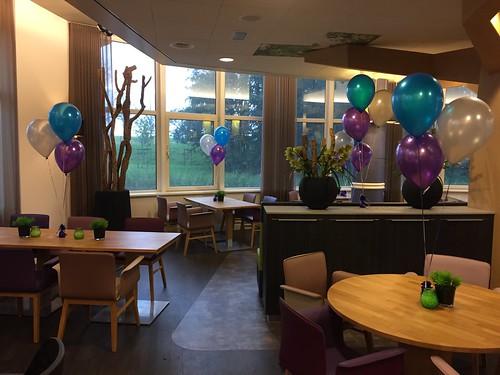 Tafeldecoratie 3ballonnen Stichting Humanitas De Reigers Rotterdam
