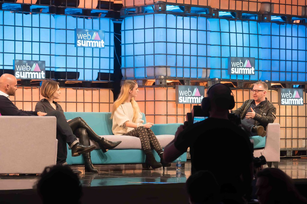 THE WEB SUMMIT DAY TWO [ IMAGES AT RANDOM ]-109855