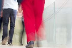 Caminhantes / Walkers (Francisco (PortoPortugal)) Tags: 2322016 20160917fpbo3887 pessoas people caminhantes walkers terminaldecruzeiros cruiseterminal matosinhos porto portugal portografiaassociaofotogrficadoporto franciscooliveira