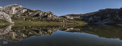 El tercer lago/ The third lake (Jose Antonio. 62) Tags: españa naturaleza lake mountains nature water beautiful lago photography spain asturias montañas picosdeeuropa bricial