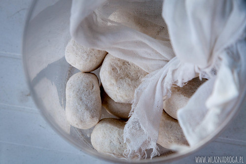 Kazachski rarytas. Słony ser w kulkach