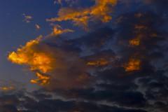 Cu de agosto (entardecer) / August sky (evening) (jadc01) Tags: paisagens sky magichour goldenhour clouds evening nikon d3200