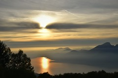 Sunset on top of the world (norella.giorgia) Tags: sunset tramonto montebaldo lagodigarda sole sun lake lago clouds riflesso verona italia nikon d5500 reflex reflected foschia mist