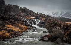 Trickling down the rocks, Thingvellir Iceland (Simon van Ooijen) Tags: ooijen flickr photography waterval mountain bergen iceland ijsland scandinavia travel journey tourism exploring rocks clouds snow beautiful ice cold wind landscape wide angle nikon d90