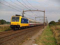 NS 186 111 (jvr440) Tags: trein train spoorwegen railways railroad ns nederlandse traxx 186 beneluxtrein intercity roosendaal