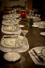 Thanksgiving dinner (de3euk) Tags: 2467sunnyknoll setting plates sigma5014dghsmex herhaling water glasses knifes table canoneos6d repeat dinner thanksgiving