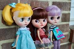 Brick House Trio (Chassy Cat) Tags: blythe chassycat custom customized customizer doll takara pureneemo small pure neemo primadollymarigold marigold prima dolly bohemianpeace bohemian simplylilac lilac simply oddprincess