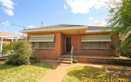3 Roycox Crescent, Dubbo NSW 2830