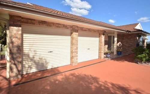 4 Clearview Close, Cameron Park NSW 2285