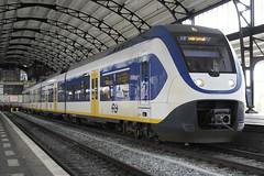 SLT 2423 ([Publicer Transport] Ricardo Diepgrond) Tags: ns slt sprinter light train 2423 trein leiden centraal haarlem station